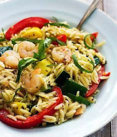 Shrimp & Veggie Orzo with Pesto Vinaigrette | Orzo Recipes: 14 Healthy and Absolutely Delicious Dishes by Homemade Recipes at  http://homemaderecipes.com/cooking-102/healthy-recipes/orzo-recipes/