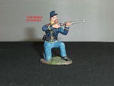 BRITAINS 31061 UNION CAVALRY TROOPER KNEELING FIRING METAL TOY SOLDIER FIGURE