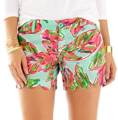 Lilly Pulitzer 5 Inch Buttercup Scallop Short in In the Vias