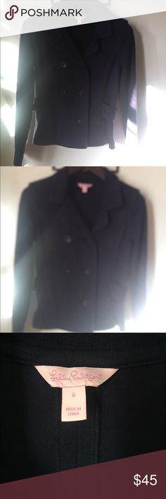 Beautiful and soft Lily Pulitzer blazer Sz. 8 Beautiful navy blue Lily Pulitzer size 8 blazer 100% cotton in good condition Lilly Pulitzer Jackets & Coats Blazers