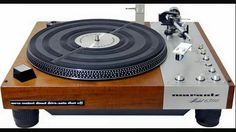 Vintage audio Marantz 6300 turntable