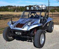 Go anywhere in that ride. Vw Beach, Beach Buggy, Car Volkswagen, Vw Camper, Kit Cars, Vans Vw, Manx Dune Buggy, 4x4, Sand Rail