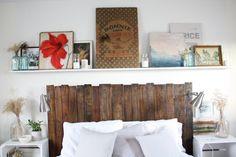 El cabecero del dormitorio puede convertirse en el gran protagonista de la habitación. Si cuenta con un diseño llamativo u original, destacará por encima del resto del mobiliario.