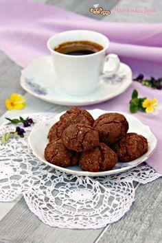 Koko-čoko supersušenky (od 2 – 3 let)   Máma v kuchyni Let It Be, Ethnic Recipes, Food, Diet, Essen, Meals, Yemek, Eten