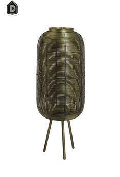 Met de juiste soort verlichting creëer je een passende sfeer in je interieur en leefruimte. Een lamp dient dan ook niet alleen als lichtbron, maar is ook als een accessoire ter aanvulling op jouw interieurstijl. De tafellamp TOMEK is uitgevoerd in metaal in de kleur brons met de afmetingen 21x21x55 cm.  #dutchhomelabel#lightandliving#lightliving #verymodern #tafellamp #brons#interieurinspiratie  #interieurstyling#binnenkijken Chair, Furniture, Home Decor, Accessories, Decoration Home, Room Decor, Home Furnishings, Stool, Home Interior Design