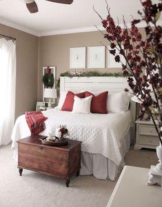 Cool 70 Comfy Farmhouse Christmas Living Room Decorating Ideas https://crowdecor.com/70-comfy-farmhouse-christmas-living-room-decorating-ideas/