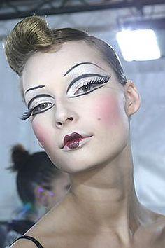 39 Ideen Mode Redaktion Make-up Avantgarde Pat Mcgrath Makeup Inspo, Makeup Art, Makeup Eyeshadow, Makeup Inspiration, Makeup Ideas, Make Up Looks, Costume Makeup, Party Makeup, Fashion Editorial Makeup