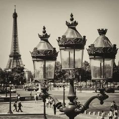 Photographic Print: Paris Focus - Paris Je T'aime by Philippe Hugonnard : Wholesale Hotels Group - We are on the corner of . Bordeaux, Belle Villa, I Love Paris, Pictures To Draw, Random Pictures, Ways Of Seeing, Paris Street, Paris Travel, Find Art