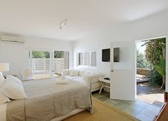 Palatial Living: Palatial House Snoop   A Modern Hampton's Island Living Style Home at Byron Bay.