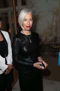 Glenda Bailey Honored with the Chevalier des Arts in Paris - Linda Fargo
