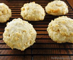 Easy Low Carb Gluten-Free Biscuits | Healthy Indulgences