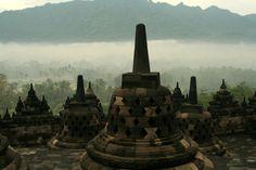 Borobudur Temple - http://www.0wallpapers.com/701-borobudur-temple.html