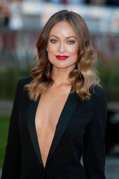 "You might know Olivia Wilde from her well recognized performances in television series 'The House' or from 2010 movie 'Tron:Legacy'.Read More Beautiful Olivia Wilde Hair Styles Over The Years"" Brown Hair Shades, Brown Ombre Hair, Light Brown Hair, Burgundy Hair, Red Hair Color, Brown Hair Colors, Olivia Wilde Hair, Hairstyles Haircuts, Cool Hairstyles"