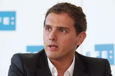 PP y PSOE rechazan idea de Rivera de despolitizar al defensor del pueblo