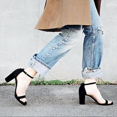 63.65$  Watch here - http://ali6ov.worldwells.pw/go.php?t=32787892994 - New Designed Celebrity Fashion Black Suede Sandals Ankle Buckle Woman Summer Shoes Square Heel Sexy Dress Shoes Free Ship