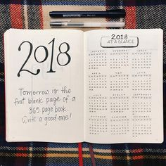 Bullet journal year at a glance, bullet journal yearly overview, New Year's quote. | @claire.igraphy