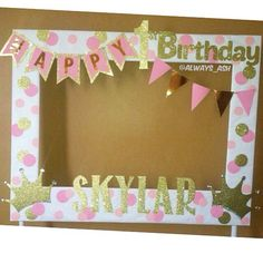 Pink and Gold birthday party photobooth frame decoration.- Pink and Gold birthday party photobooth frame decorations ✨ More Pink and Gold birthday party photobooth frame decorations ✨ More – 20 Awesome Photo Booth Ideas Diy Inspiration - Pink And Gold Birthday Party, Golden Birthday, Gold Party, Girl First Birthday, First Birthday Parties, Birthday Ideas, Birthday Diy, Birthday Cake, Birthday Gifts