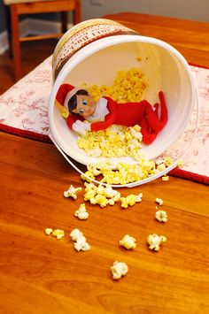 popcorn feast #Christmas #Elfontheshelf #elf