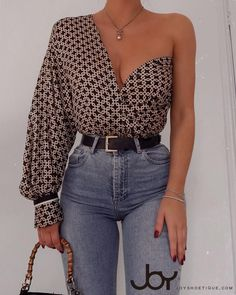 Multi Wear Ways Abstract Print Casual Shirt 2019 Multi Wear Ways Abstract Print Casual Shirt The post Multi Wear Ways Abstract Print Casual Shirt 2019 appeared first on Scarves Diy. Trendy Outfits, Fall Outfits, Emo Outfits, Scene Outfits, Modest Fashion, Fashion Outfits, Punk Fashion, Lolita Fashion, Ootd Fashion