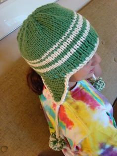 Go Team! - Free Pattern to knit in your school colors.....made on large needles to be quick and easy