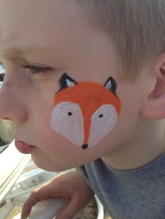 When you think about face painting designs, you probably think about simple kids face painting designs. Many people do not realize that face painting designs go Kids Face Painting Easy, Easy Face Painting Designs, Girl Face Painting, Rock Painting Ideas Easy, Body Painting, Face Painting Unicorn, Fox Face Paint, Animal Face Paintings, Cheek Art