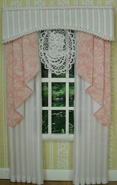 Dollhouse Miniature 1 12 scale White and Pink