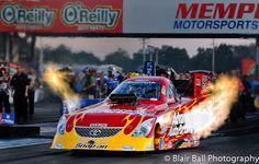 NHRA Drag Races at Memphis Motorsports Park. Advance Auto Parts, Cruz Pedragon, Funny Car.