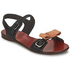39d2ee62de1 ... Clarks metallic low wedge sandals !