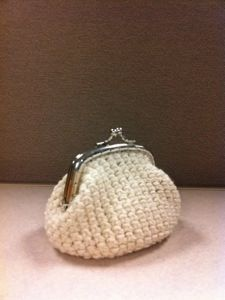 Crocheted Coin Purse. How to make it.