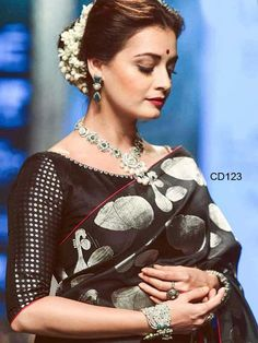 Dia Mirza walks for Santosh Parekh at Lakme Fashion Week Winter Festive 2016 - Bollywood Actress Photos Black Blouse Designs, Saree Blouse Designs, Blouse Patterns, Ethnic Outfits, Indian Outfits, Indian Attire, Indian Wear, Soft Silk Sarees, Cotton Saree