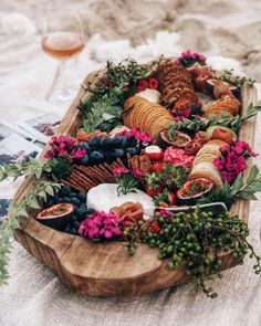 Top Ten Grazing Table to Groom Your Event Party Platters, Food Platters, Cheese Platters, Antipasto, Charcuterie And Cheese Board, Cheese Boards, Brunch, Grazing Tables, Cheese Party