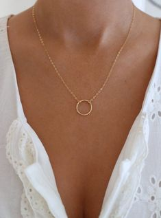 Dainty Circle Necklace – Gold Circle Necklace – Karma Necklace – Gift for her – Gold Fill – Open Ring Necklace – Simple Gold Necklace Dainty Open Circle Necklace / Textured by ShopErinMichele Dainty Jewelry, Gold Filled Jewelry, Gold Filled Chain, Cute Jewelry, Jewelry Necklaces, Gold Bracelets, Silver Jewelry, Silver Necklaces, Jewelry Ideas