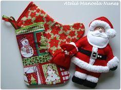 Enfeite de Porta e Aplique de Papai Noel com Saquinho de Feltro de Presentes, Botinhas/Meias de Tecido.