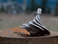 Zephyr - the air assisted spinning top | Indiegogo