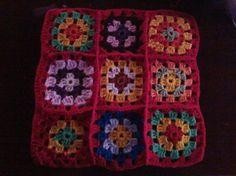 Almohadón en crochet lado b