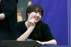 Kpop Girl Groups, Kpop Girls, Entertainment, G Friend, Stage Name, Leo, Dancer, Positivity, Gallery