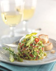 Tartar + + asparagus and avocado + - My CMS No Salt Recipes, Raw Food Recipes, Veggie Recipes, Cooking Recipes, Healthy Recipes, Ceviche, Gazpacho, Vegan Vegetarian, Vegetarian Recipes