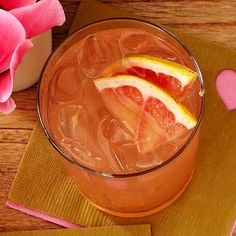 Fizzy Grapefruit and Peach Sipper