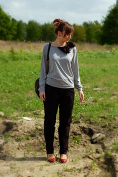 Young woman having fun walking outdoor in leg irons (and ...