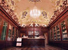 Santa Maria Novella Pharmacia in Florence - Rose Water and Almond Lotion