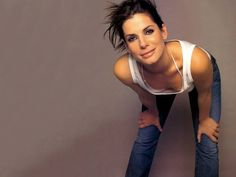 And why Sandra Bullock net worth is so massive? Sandra Bullock net worth is definitely at the very top level among other celebrities, yet why? Sandra Bullock Movies, Sandra Bullock Hot, Tamar Braxton, Diane Lane, Pretty People, Beautiful People, Beautiful Women, Matthew Mcconaughey, Alyson Hannigan