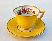 ٠•●●♥♥❤ஜ۩۞۩ஜஜ۩۞۩ஜ❤♥♥●   1920's Yellow Tea cup and Saucer  ٠•●●♥♥❤ஜ۩۞۩ஜஜ۩۞۩ஜ❤♥♥●
