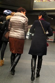 Tall Leather Boots, Tall Boots, Skirts With Boots, High Neck Dress, Women's Fashion, Elegant, Dresses, Leather Trousers, Cute Girls