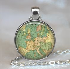 World Map Necklace World Necklace Globetrotter Necklace Dainty