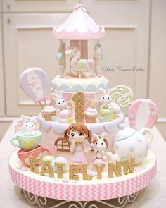 Ideas Cake Designs For Girls Kids For 2019 1st Bday Cake, Baby Birthday Cakes, Girly Cakes, Cute Cakes, Bolo Fack, Winter Torte, Cake Designs For Girl, Carousel Cake, Beautiful Cake Designs