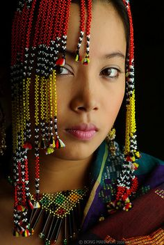 Joven del pueblo Yakan en Filipinas.