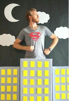 Book Party: DIY Photo Op & Props Make your own DIY Super Hero Photo Booth with our easy tutorial!Make your own DIY Super Hero Photo Booth with our easy tutorial! Batman Birthday, Batman Party, Superhero Birthday Party, Boy Birthday, Superhero Halloween, Birthday Signs, Birthday Table, Third Birthday, Birthday Ideas