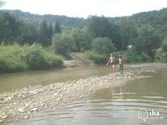 slovakia cities_11155  #slovakia #vacation #travel   Slovakia  Zougang zum Site fir Informatiounen    #Словакия #tourism Purple Day, Austria, Tourism, Country Roads, Europe, Blog, River, Mountains, City