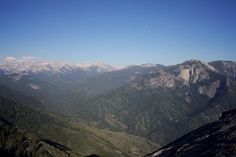 Sierra Nevadas from the top of Moro Rock | chescaislost
