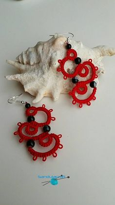 Tatted crochet red earrings with black spotty by Sandulacraft